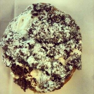 Vanilla chocolate crumble donut