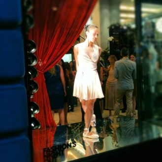 Ballerina at J. Mendel image